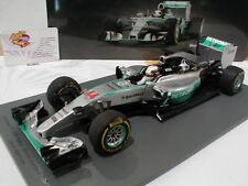 Modell-Rennfahrzeuge aus Resin von Mercedes im Maßstab 1:18