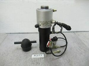 Struers 05368433 Einbetteinheit With Hydraulic Cylinder Press Labopress 3