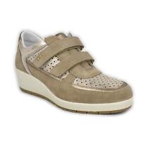 Scarpe IGI&CO Sneakers strappo pelle scamosciata marrone taupe zeppa - 77593