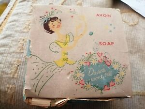 Vintage 1960's Avon Daisies won't Tell Soap on a Rope in Original packaging