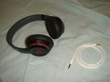 BEATS BY DR. DRE SOLO 2 ON EAR WIRED HEADBAND HEASDPHONES BLACK & RED