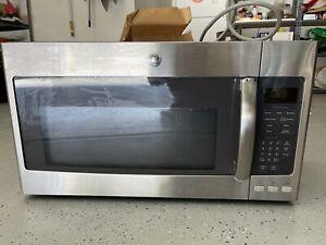 GE Series 1.9 Cu. Ft. Over-the-Range Sensor Microwave Oven JVM7195SF1SS