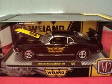 M2 Machines 1970 Ford Mustang Mach 1  NIB 1:24 Scale 1/5,880  made 2018 release