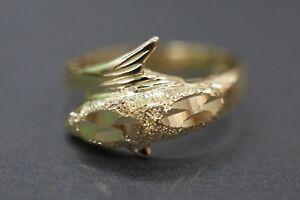 Beautiful 10K Solid Yellow Gold Diamond Cut Dolphin Ring. Size 6.5