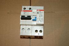 1 disjoncteur différentiel ABB 6 A  Ampéres 300 mA 2P