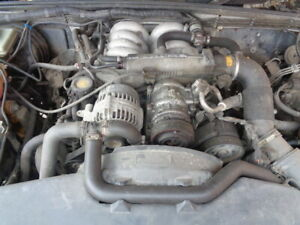 LAND ROVER DISCOVERY 2 4.0 THOR COMPLETE ENGINE