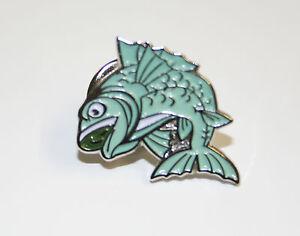 Carp Fish Metal and Enamel Lapel Pin Badge- L033