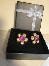 Vintage Goldtone Screw-On Earrings Flower shape with Pink center & Rhinestones