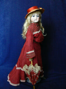 """Antique 16"""" Fashion Lady Doll Swivel Neck Closed Mouth French Market Nice"""