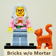 New Genuine LEGO Mrs. Scratchen-Post Minifig with Cat The Lego Movie 71004