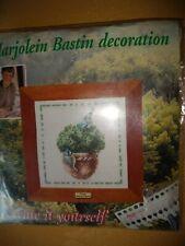 Lanarte (Marjolein Bastin bniop) Topiario Con Aves Kit Punto De Cruz