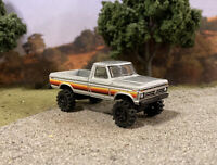 1977 Ford F-250 4x4 Lifted Custom 1/64 Diecast Truck Farm Off Road 4WD Mud F-100