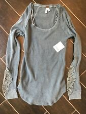 Free People Synergy Cuff Thermal top New Deep Sea Blue Color Size L