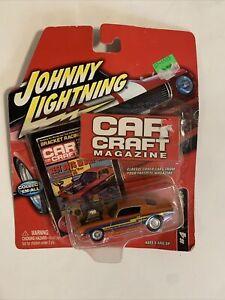 Johnny Lightning Car Cradt Magazine #4 1970 Chevy Camaro RS (2003)