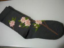 Fox River Women's Lightweight crew socks gray with pink flowers sz m 7-9