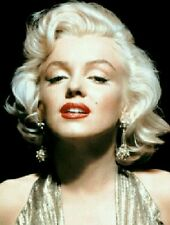 SHIP SAME DAY》New Licensed MARILYN MONROE》STYLED Costume Wig》 Platinum Blonde