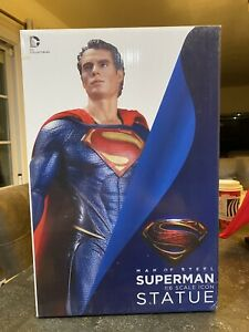 DC COLLECTIBLES MAN OF STEEL SUPERMAN 1:6 SCALE ICON STATUE Gentle Giant Studios