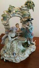 Meissen Porzellan Figur Figurengruppe romantische Gruppe mit porzellan Bogen