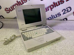 Toshiba T2400CT/320 PA1155U Vintage Laptop Computer