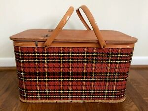 Vintage Redmon Peru Indiana Red Plaid Picnic Basket with Pie Divider Hinged Lid