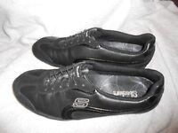 Sketchers Womens Sz 11 Black Walking Slip Shoe Sneaker