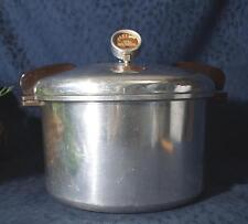 Nice PRESTO 16  Quart No 7 Polished Cast Aluminum Bakelte Handle Pressure Cooker
