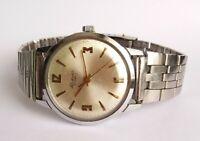 Vintage Soviet Watch RAKETA 16 jewels Mechanical USSR Beautiful Dial Chameleon