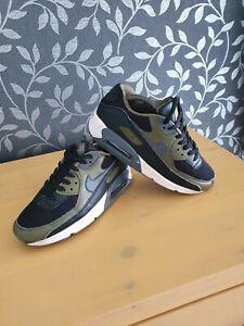 Nike Air Max 90 Trainers Size UK 6 EU 40 US 7