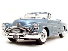 1953 BUICK SKYLARK LIGHT BLUE 1:18 DIECAST MODEL CAR BY MOTORMAX 73129