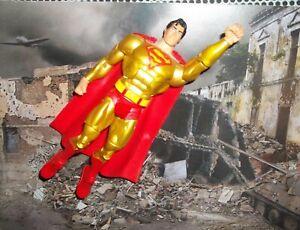 DC UNIVERSE CLASSICS 30TH ANNIVERSARY SUPER POWERS GOLD SUIT SUPERMAN  FIGURE