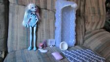 Monster High Doll Dead Tired Abbey Bominable with Bed Bedroom Accessories