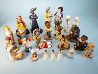 24  Pieces - Vintage And Modern Cuties Wholesale Collector Box