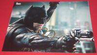 BEN AFFLECK SIGNED JUSTICE LEAGUE BATMAN COOL GUN STILL 8X10 PHOTO AUTOGRAPH COA