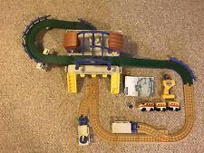 Geo Trax Grand Central Station Train Set