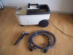 Kärcher Puzzi 100  Teppichreiniger Waschsauger