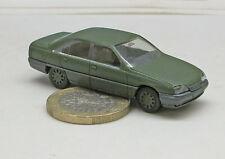 Herpa  700146:   Opel Omega  GLS, Limousine, Bundeswehr, broncegrün