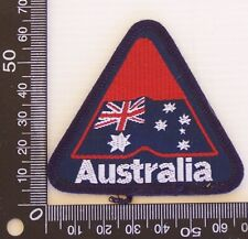 VINTAGE AUSTRALIA AUSTRALIAN EMBROIDERED SOUVENIR PATCH WOVEN CLOTH SEW-ON BADGE