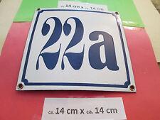 Hausnummer Nr. 22a blaue Zahl auf weißem Hintergrund 14 cm x 14 cm  Emaille