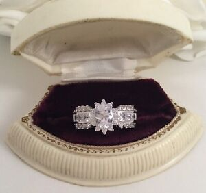 Vintage Jewelry Ring with White Sapphires Antique Deco Jewellery size 10 or U
