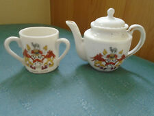 OUNDLE SCHOOL CREST - A TEAPOT & 3 HANDLED TYG - NORTHAMPTONSHIRE CRESTED CHINA