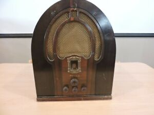 VINTAGE Philco Cathedral Radio Model 89B