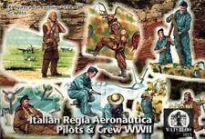 Waterloo 1815 - 055 - WWII Italian Regia Aeronautica Pilots & Crew - 1:72
