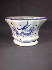 Ancien pique fleur en céramique de Moustier à décor d'oiseau bleu art populaire