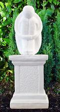 Steinfigur Single mit Säule moderne Gartenfigur Gartenskulptur Mensch Steinguss