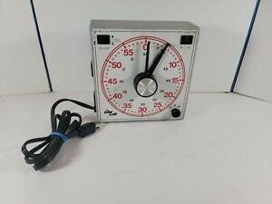 GraLab Timer Model 171 Universal Analog 60 Minute Timer Plastic Body Working!