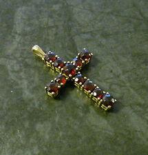 Markenlose religiöse Halsketten und Anhänger aus Gelbgold mit echten Edelsteinen