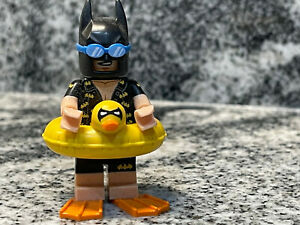 NEW LEGO BATMAN MOVIE MINIFIGURES SERIES 71017 - Vacation Batman with stand