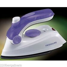 Frigidaire NEW Travel Iron Dual Voltage 110V 220V Worldwide Voltage 110 220 volt