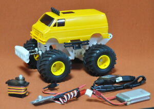 1/32 2WD RC Monster Truck Chassis kit 2 with TAMIYA Junior Lunch box full set