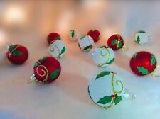 Gisela Graham Box 12 Christmas Red White Holly Gold Mini Bauble Tree Decorations